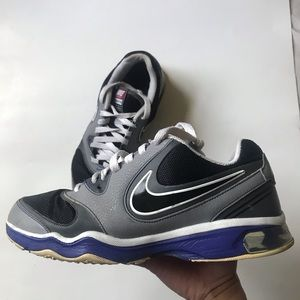Nike Air Compete Tr size 10